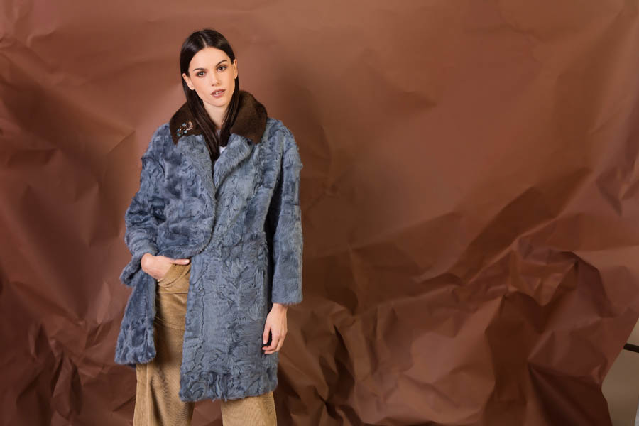 19 P1905T 16 01 giovi pelliccia fur blue - Fall Winter 2019-20