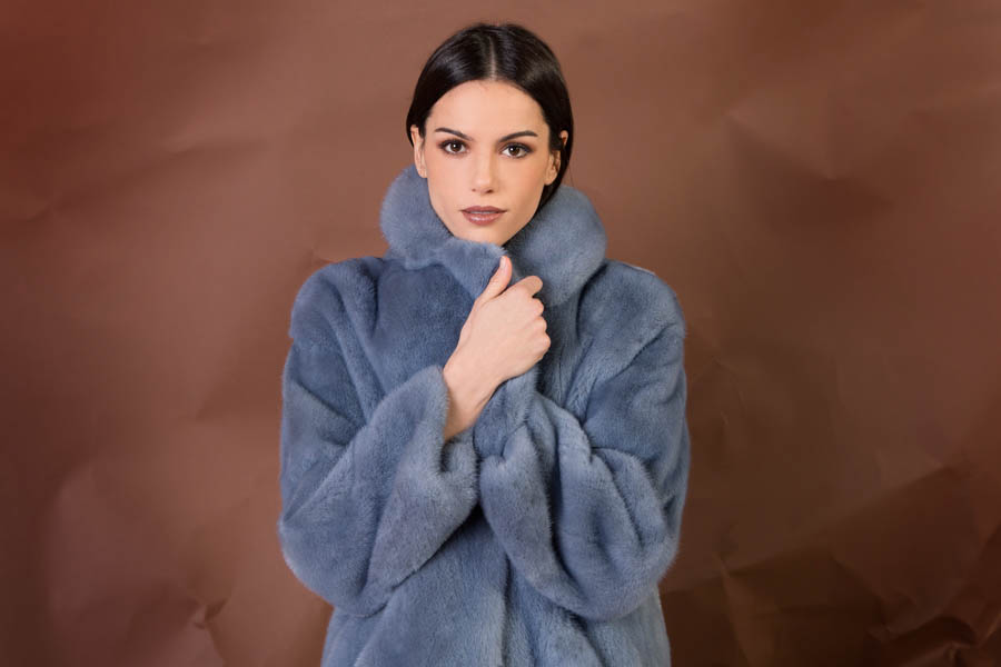 26 p1905V 16 02 giovi pelliccia fur blue - Fall Winter 2019-20