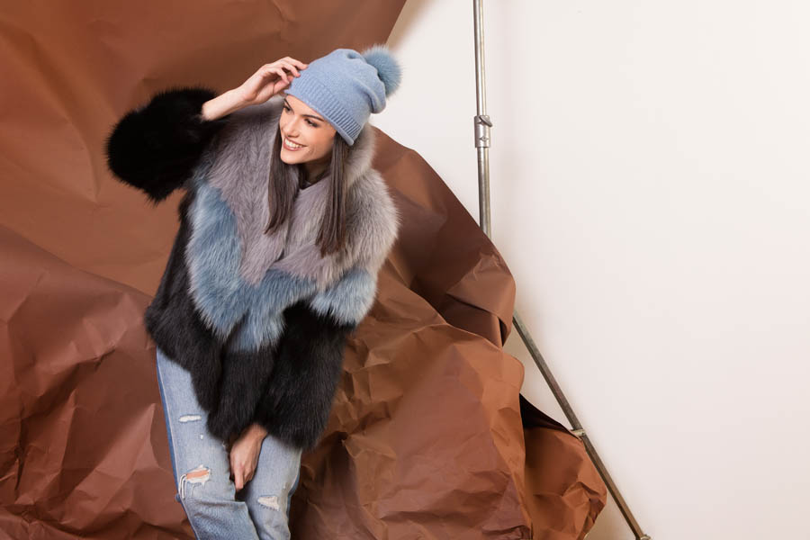 37 P1910VO 101 02 giovi pelliccia fur grey blue black - Fall Winter 2019-20
