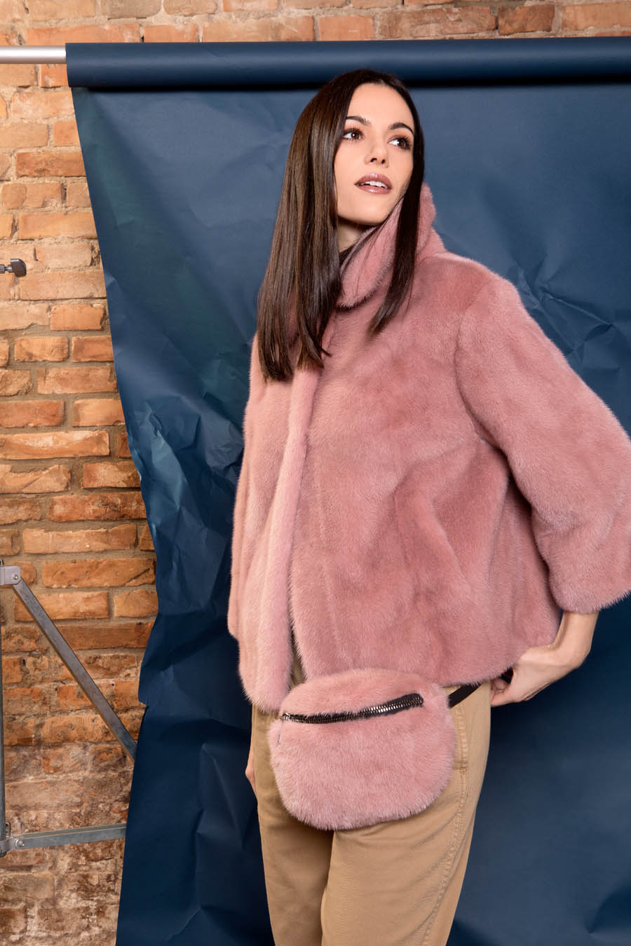 43 P1924V 10 01 giovi pelliccia fur pink - Fall Winter 2019-20