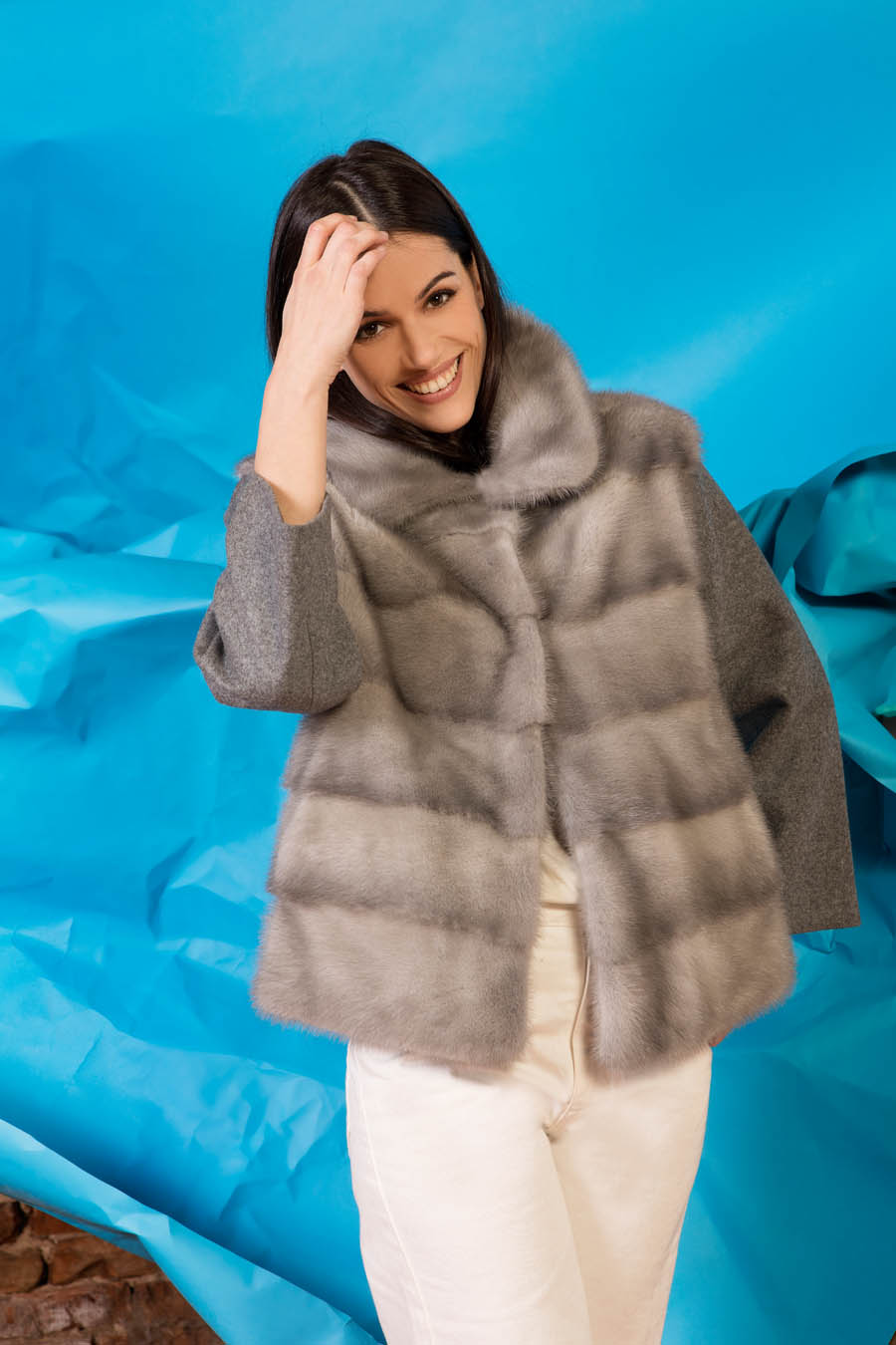 49 P1914V 03 01 giovi pelliccia fur grey - Fall Winter 2019-20