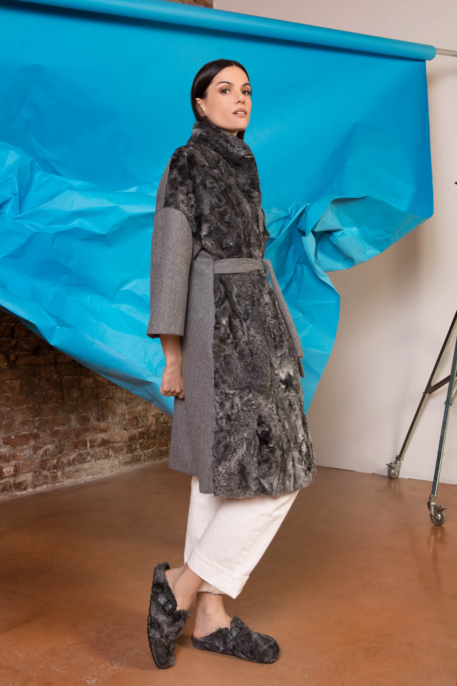 58 P1714P 03 02 giovi pelliccia fur grey - Fall Winter 2019-20
