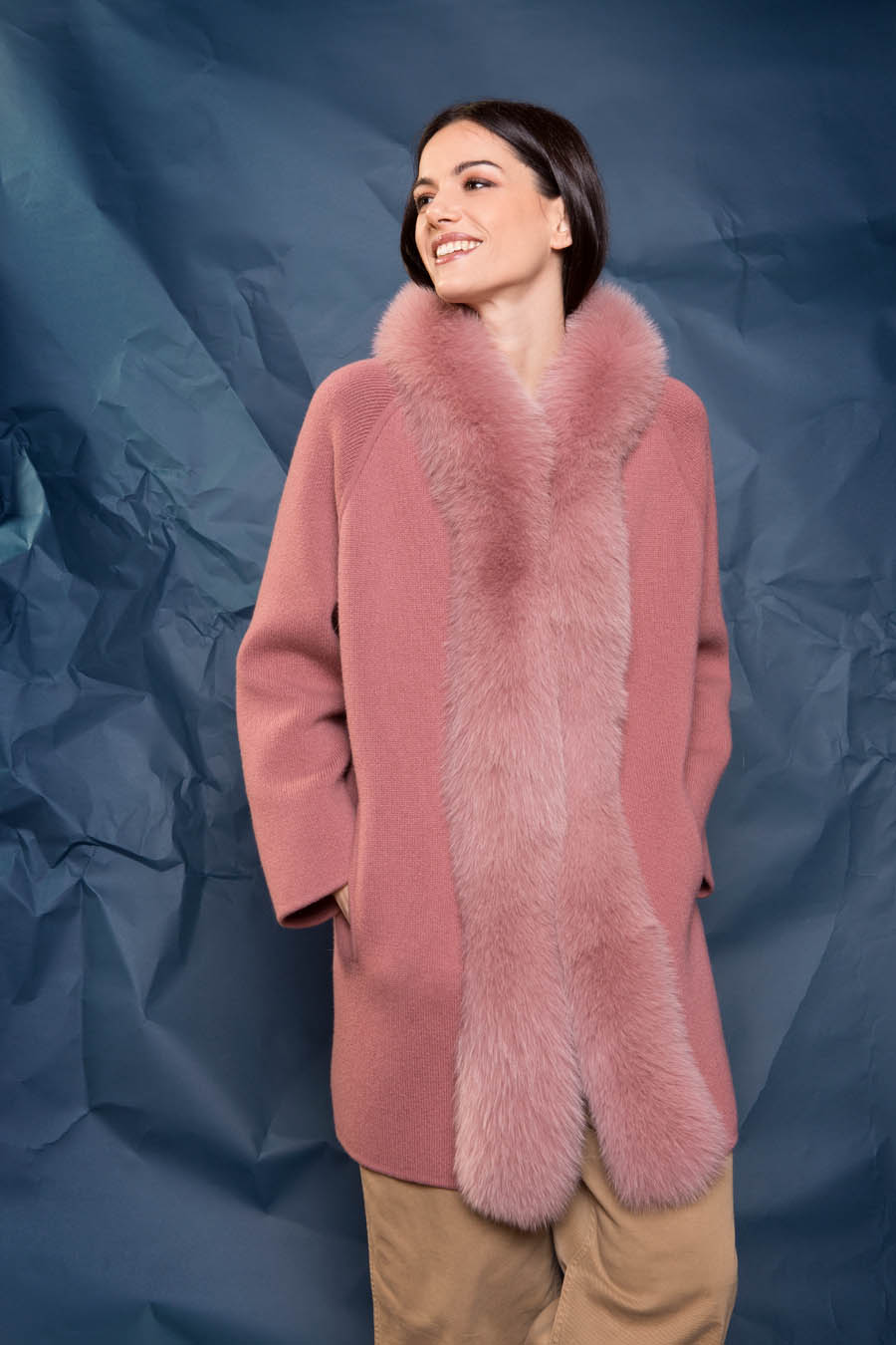 66 P1920 10 01 giovi pelliccia fur pink - Fall Winter 2019-20