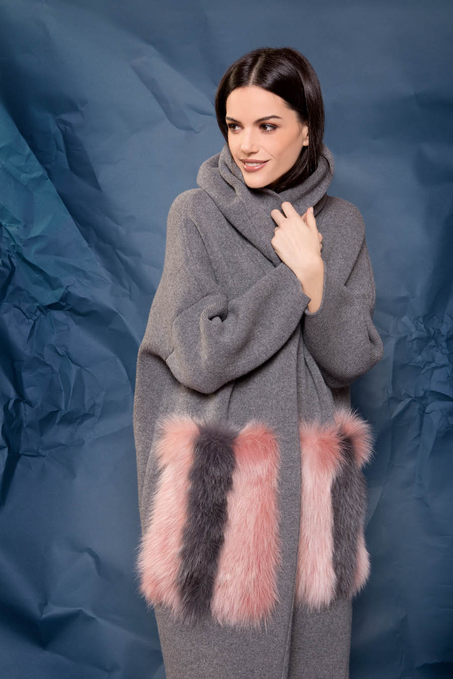73 P1922 03 02 giovi pelliccia fur grey pink - Fall Winter 2019-20